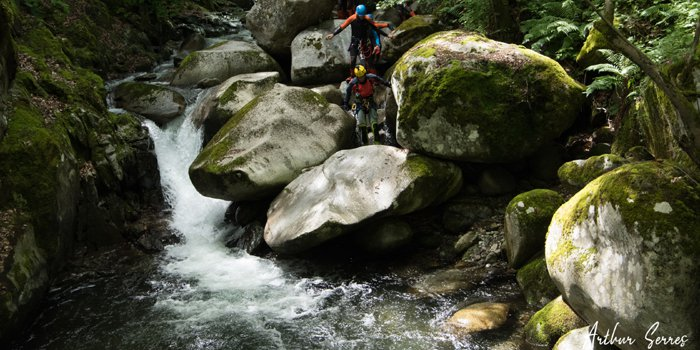 stage canyoning